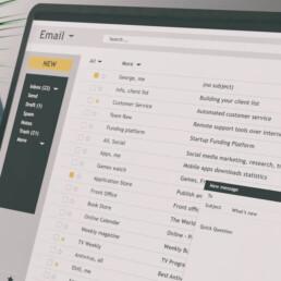 Incluye los pronombres en tus herramientas diarias de trabajo